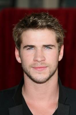 Liam-Hemsworth_portrait_w674